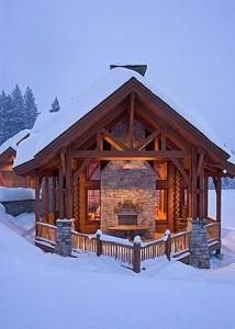 Кирпич и древесина в качестве исходных материалов комбинированного дома