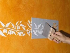 Трафареты под покраску. Какими  декоративными материалами воспользоваться?